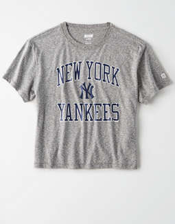 Tailgate Women's NY Yankees Cropped Graphic T-Shirt