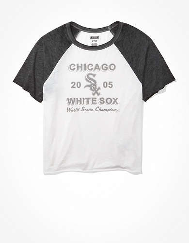Tailgate Women's Chicago White Sox Cropped Raglan T-Shirt