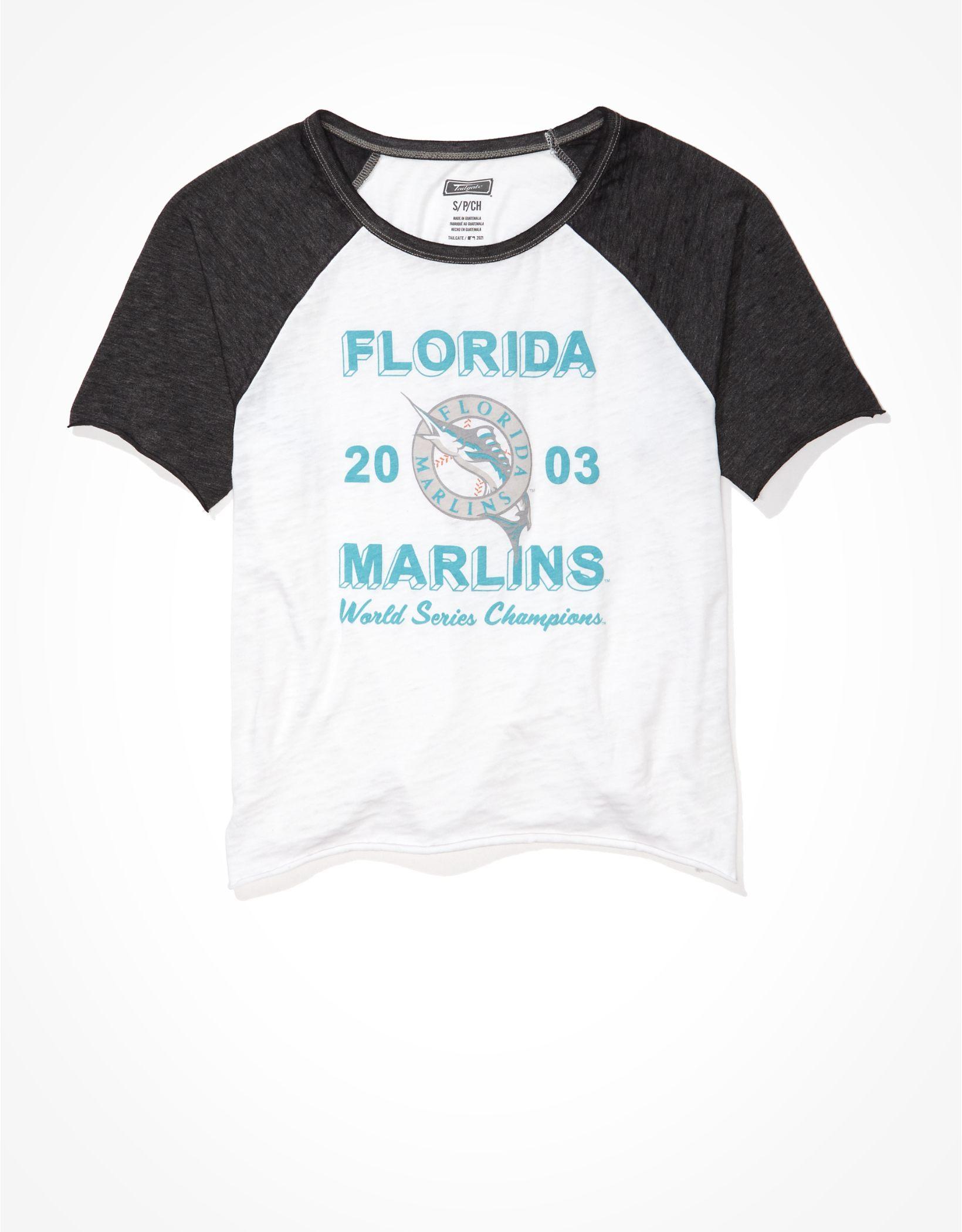 Tailgate Women's Miami Marlins Cropped Raglan T-Shirt