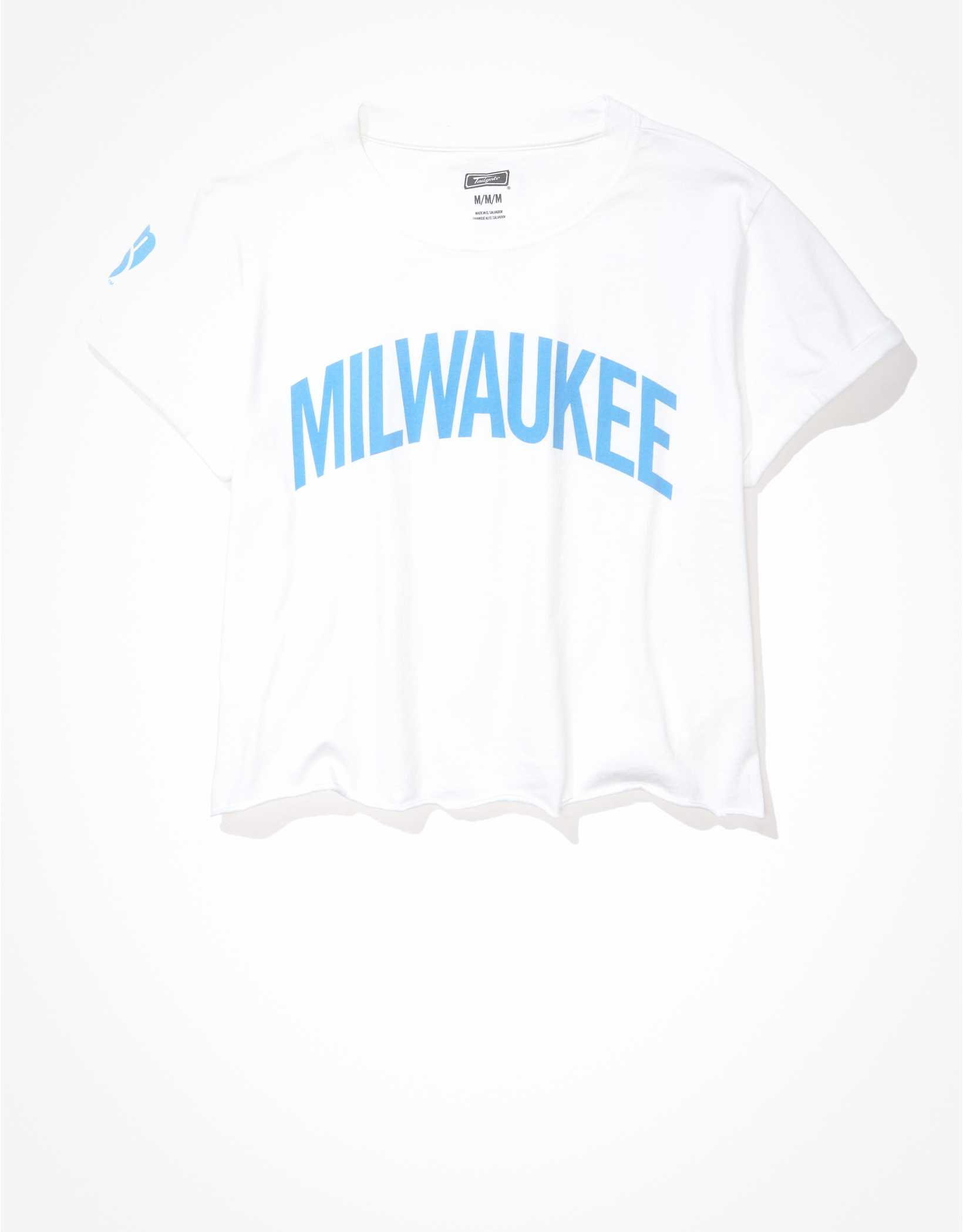 Tailgate Women's Milwaukee Brewers Cropped Roll Sleeve T-Shirt