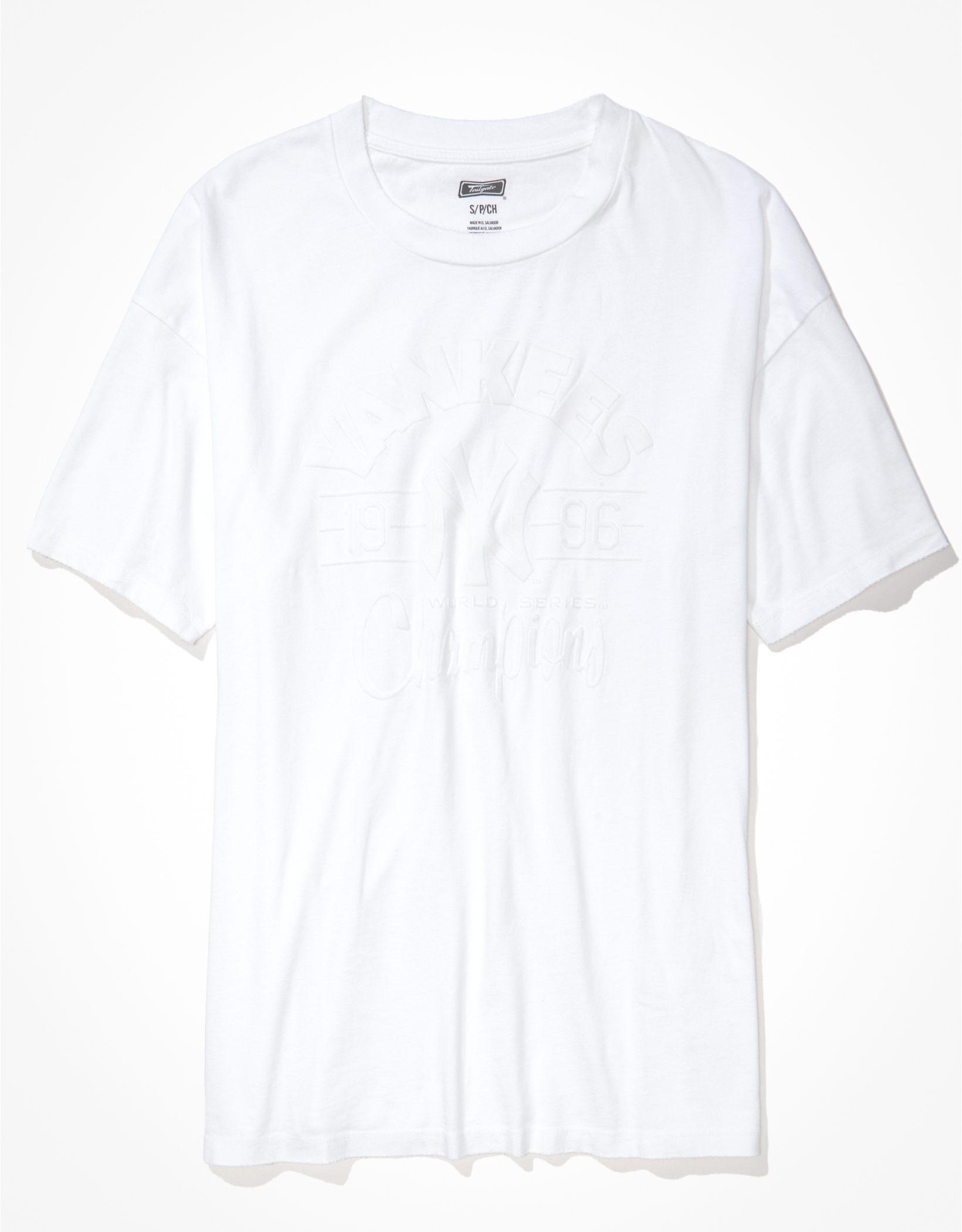 Tailgate Women's New York Yankees Oversized Tonal T-Shirt
