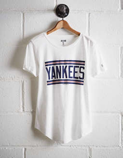 5a590fbef placeholder image Tailgate Women's New York Yankees T-Shirt