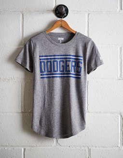 88b960e2 placeholder image Tailgate Women's LA Dodgers Chest Stripe T-Shirt