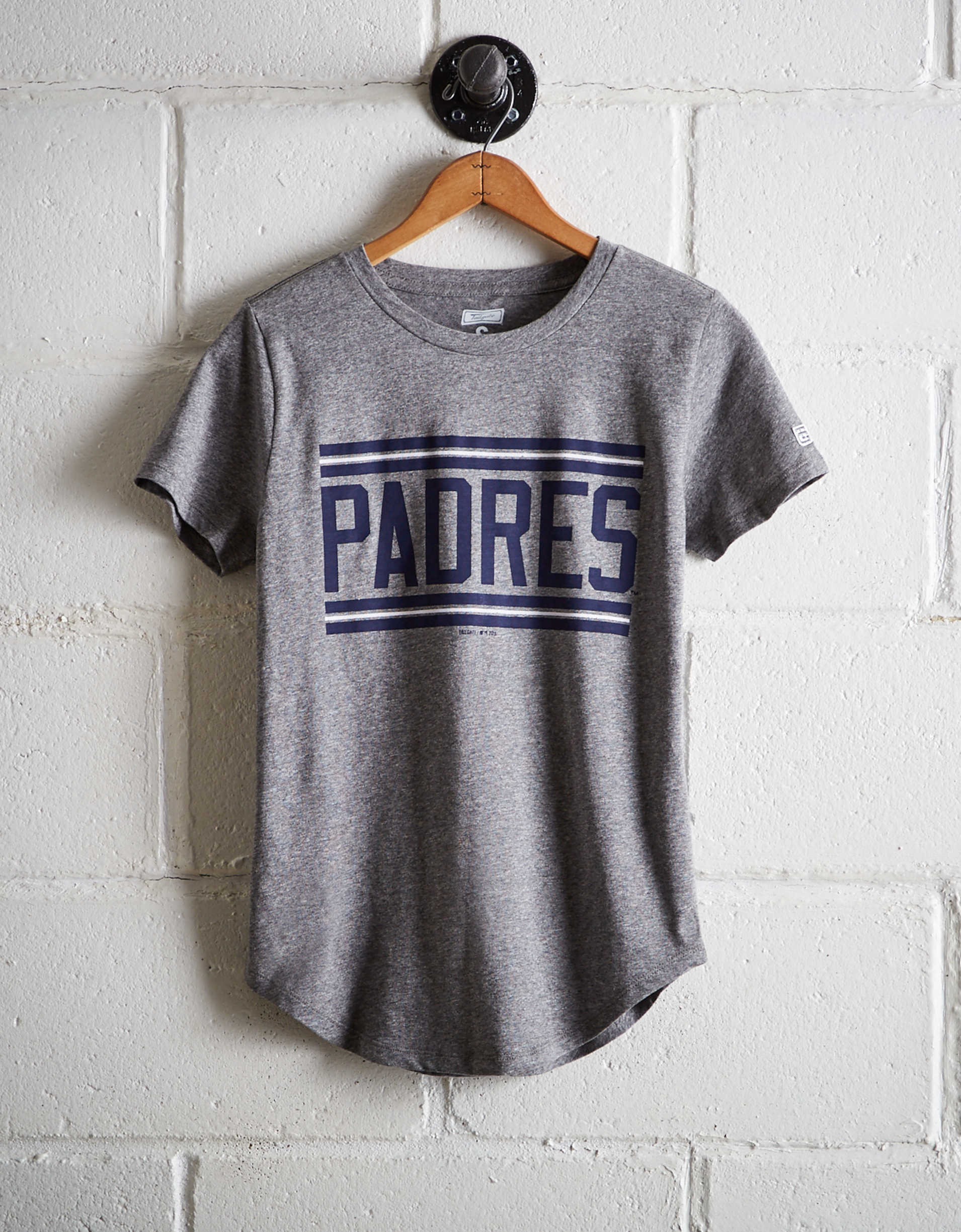 Tailgate Women's Padres Chest Stripe T-Shirt