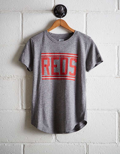 Tailgate Women's Reds Chest Stripe T-Shirt - Free Returns