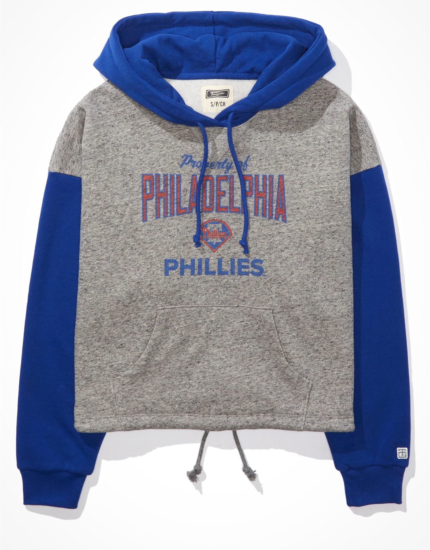 Tailgate Women's Philadelphia Phillies Colorblock Cropped Hoodie