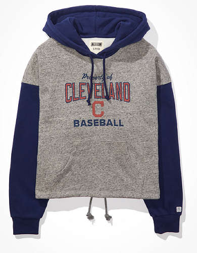 Tailgate Women's Cleveland Indians Colorblock Cropped Hoodie