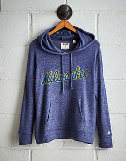 Tailgate Women's Milwaukee Brewers Plush Hoodie
