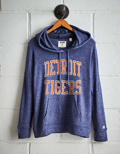 Tailgate Women's Detroit Tigers Plush Hoodie - Free Returns