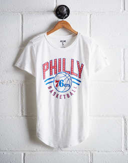 Tailgate Women's Philadelphia 76ers Graphic Tee