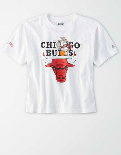 Tailgate Women's Chicago Bulls x Looney Tunes Cropped T-Shirt