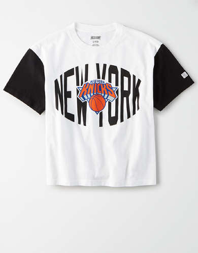 Tailgate Women's NY Knicks Cropped T-Shirt