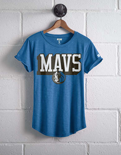 Tailgate Women's Dallas Mavs T-Shirt - Free shipping & returns with purchase of NBA item