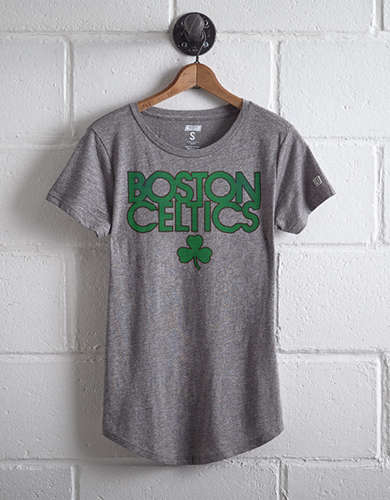 Tailgate Women's Boston Celtics Shamrock T-Shirt - Free Returns