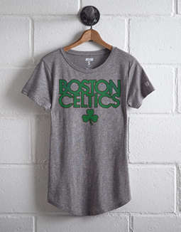 Tailgate Women's Boston Celtics Shamrock T-Shirt