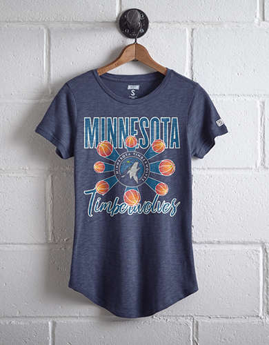 Tailgate Women's Minnesota Timberwolves T-Shirt - Free returns