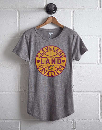 Tailgate Women's Cleveland Cavaliers T-Shirt - Free Returns