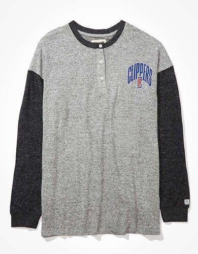 Tailgate Women's LA Clippers Oversized Plush Henley