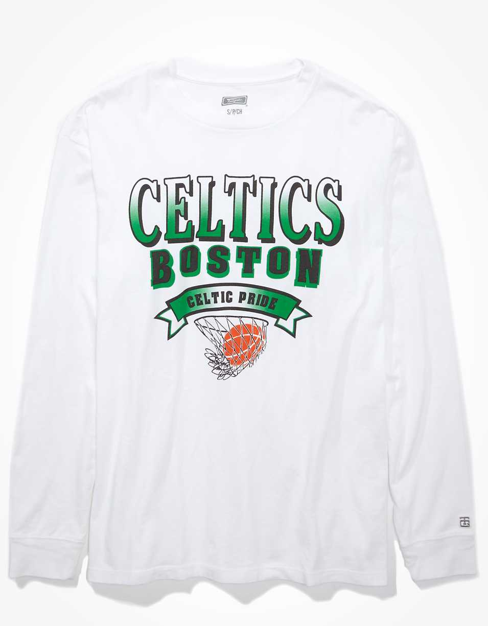 Tailgate Women's Boston Celtics Long Sleeve Oversized T-Shirt
