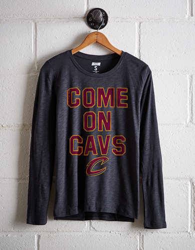 Tailgate Women's Cavaliers Long Sleeve T-Shirt - Free shipping & returns with purchase of NBA item