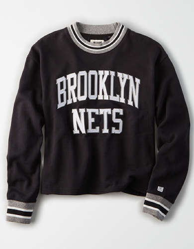 Tailgate Women's Brooklyn Nets Cropped Sweatshirt