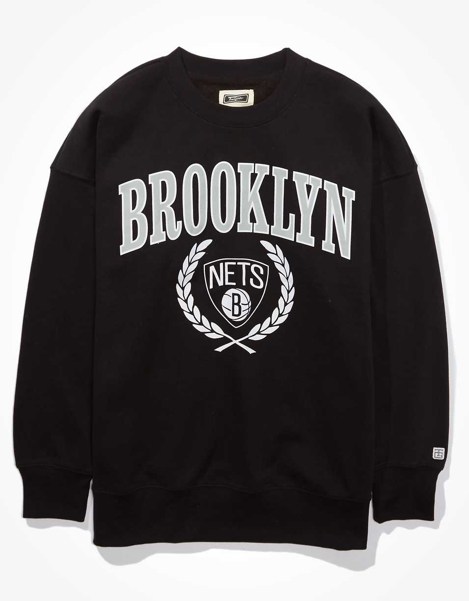 Tailgate Women's Brooklyn Nets Oversized Fleece Sweatshirt