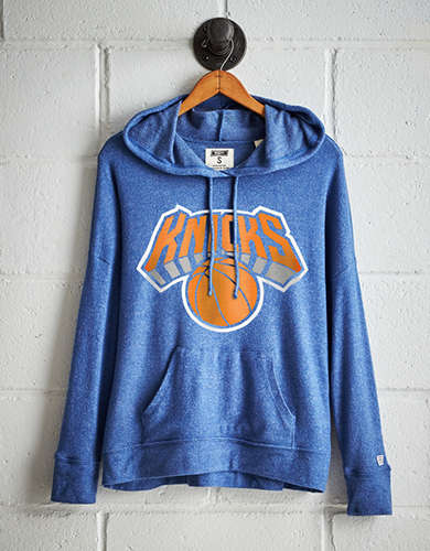 Tailgate Women's Knicks Plush Hoodie - Free Returns
