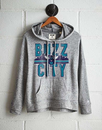 Tailgate Women's Charlotte Buzz City Plush Hoodie - Free returns