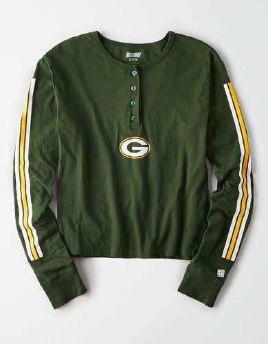 Tailgate Women's Green Bay Packers Cropped Henley Tee