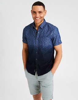 Camisa Con Botones De Chambray Con Teñido Batik Ae by American Eagle Outfitters