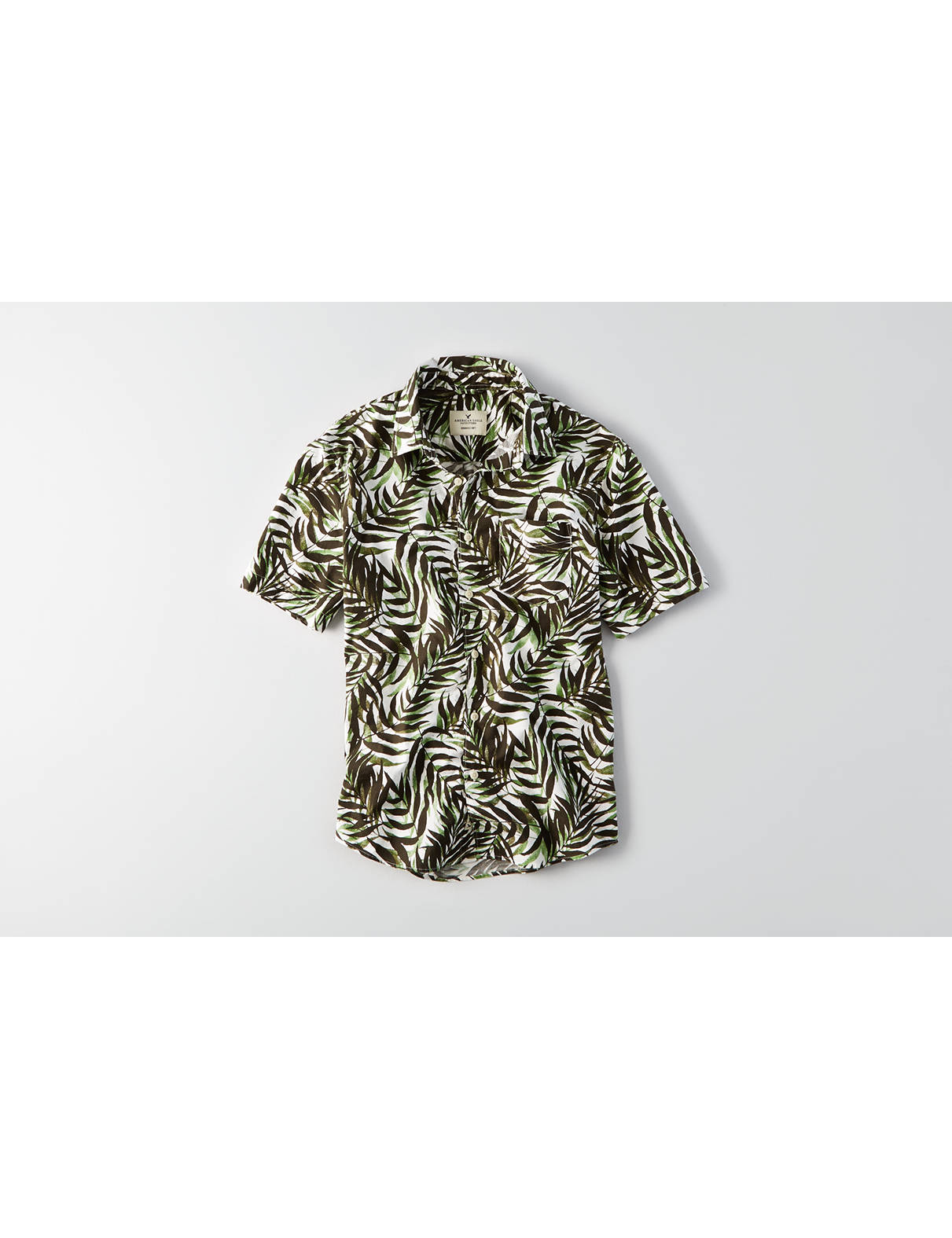 Display product reviews for AEO Short Sleeve Leaves Pattern Shirt