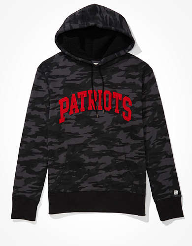 Tailgate Men's New England Patriots Sherpa Lined Hoodie