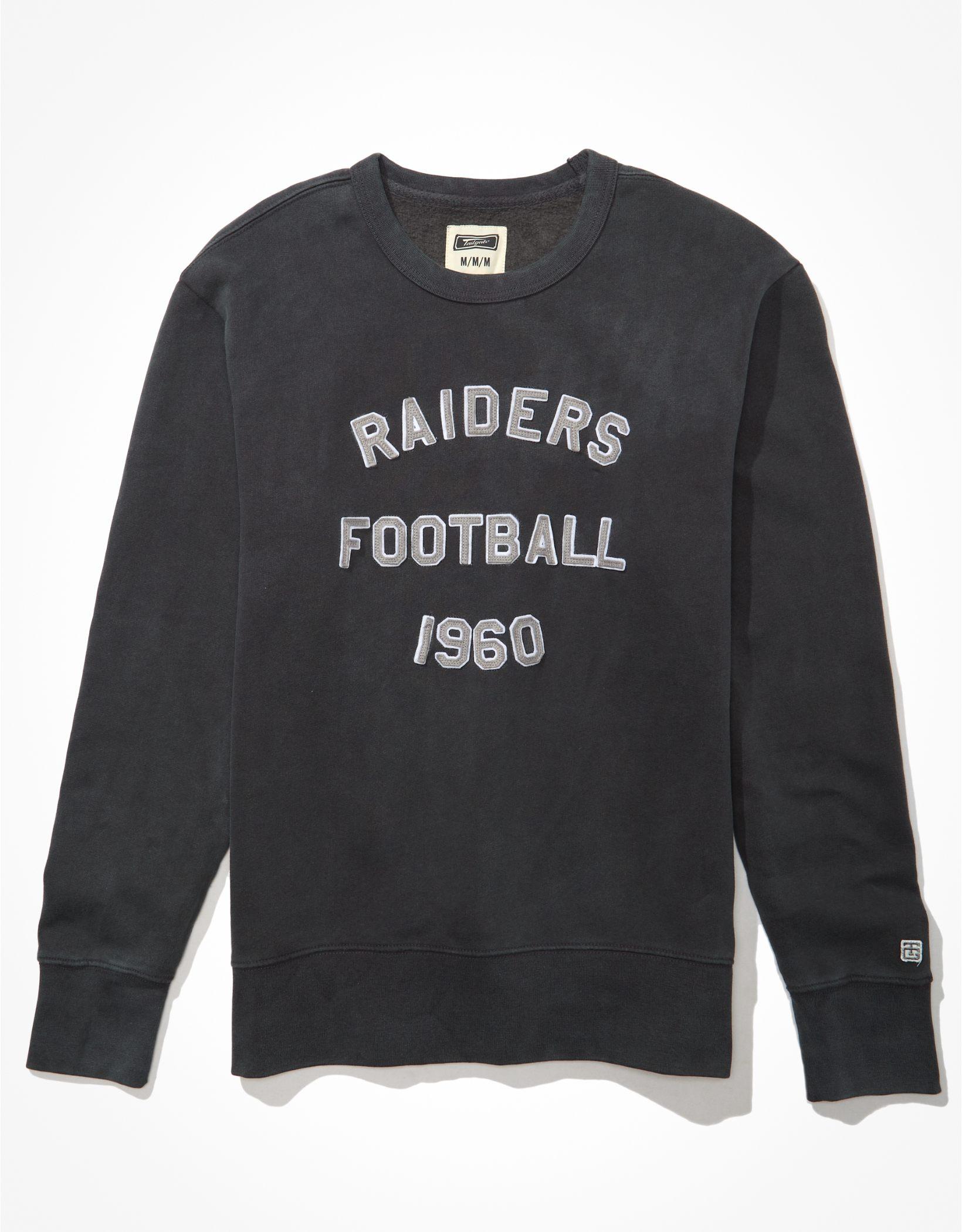 Tailgate Men's Las Vegas Raiders Graphic Fleece Sweatshirt