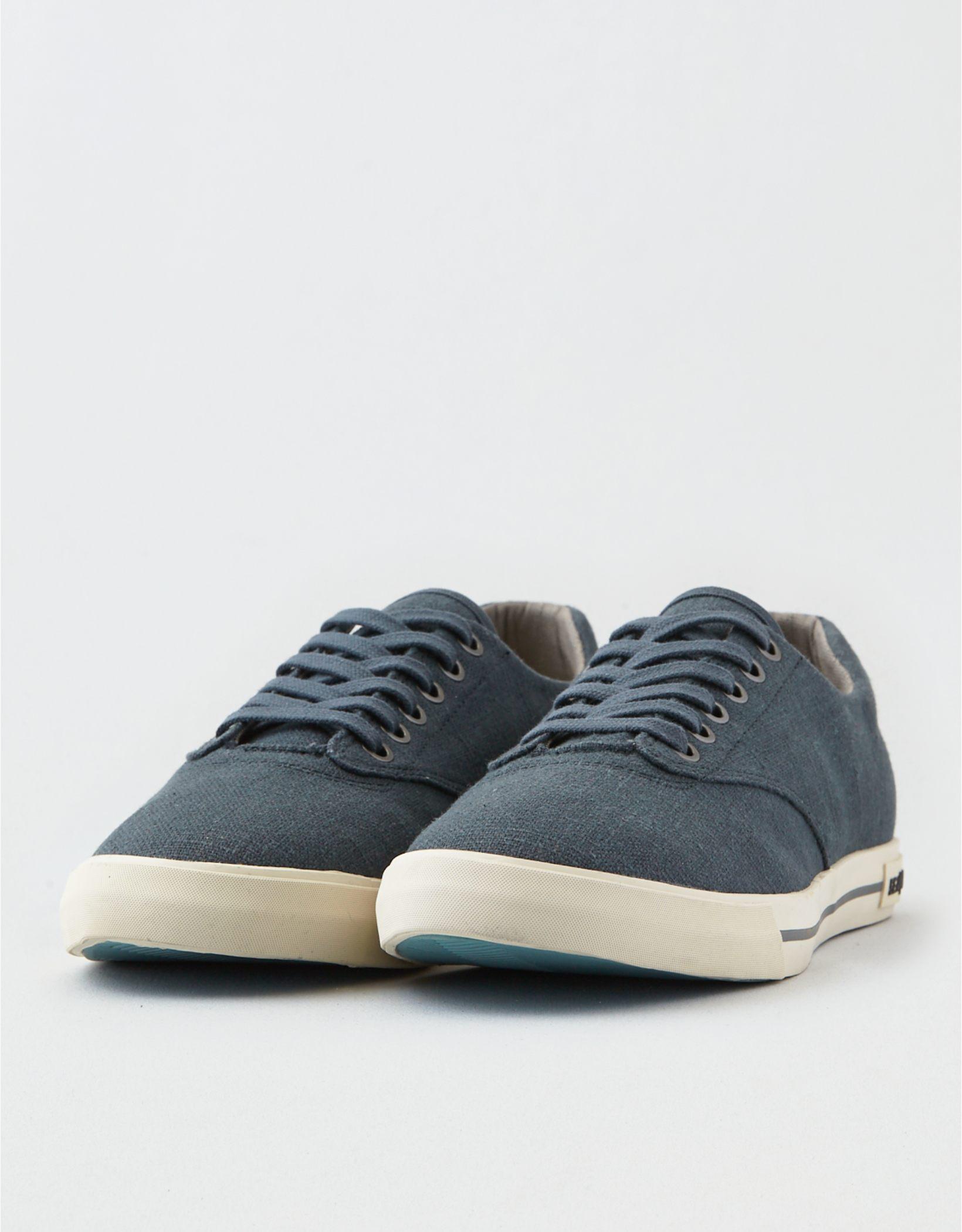 Seavees Hermosa Plimsoll Sneaker