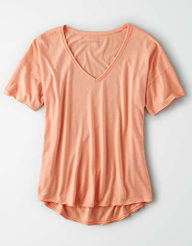 AE Hi-Low V-Neck T-Shirt