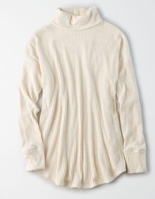 AE Long-Sleeve Turtleneck T-Shirt