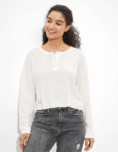 AE Cropped Long Sleeve Henley T-Shirt