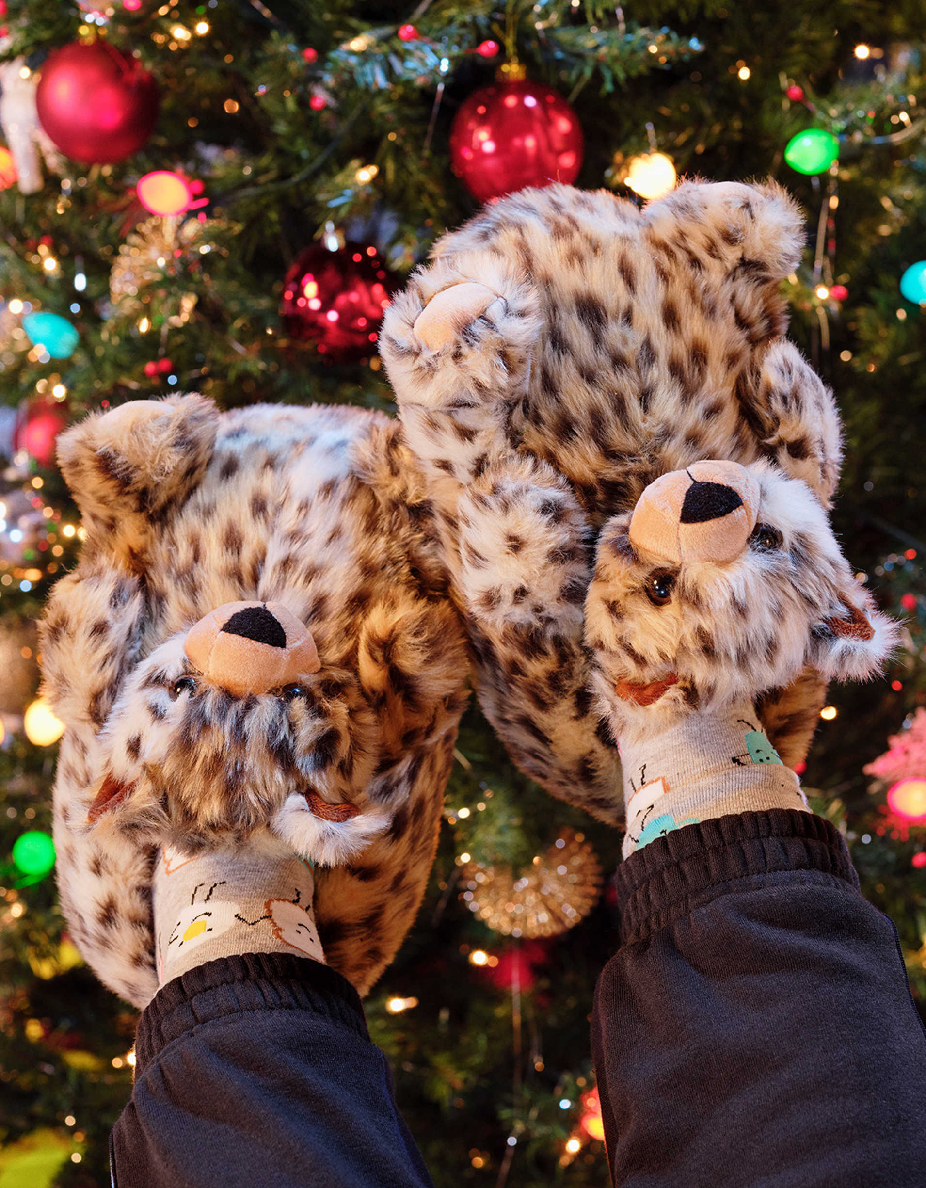 AEO Leopard Slipper