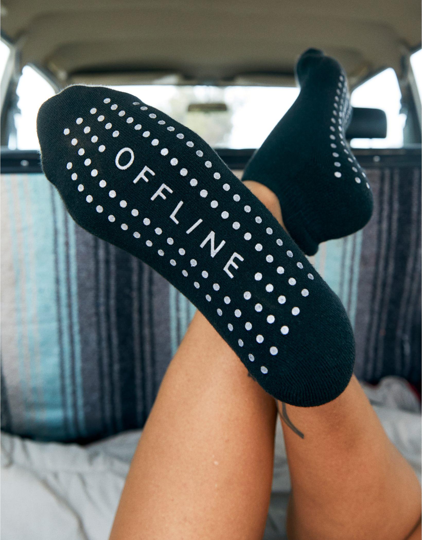 OFFLINE Gripper Ankle Socks