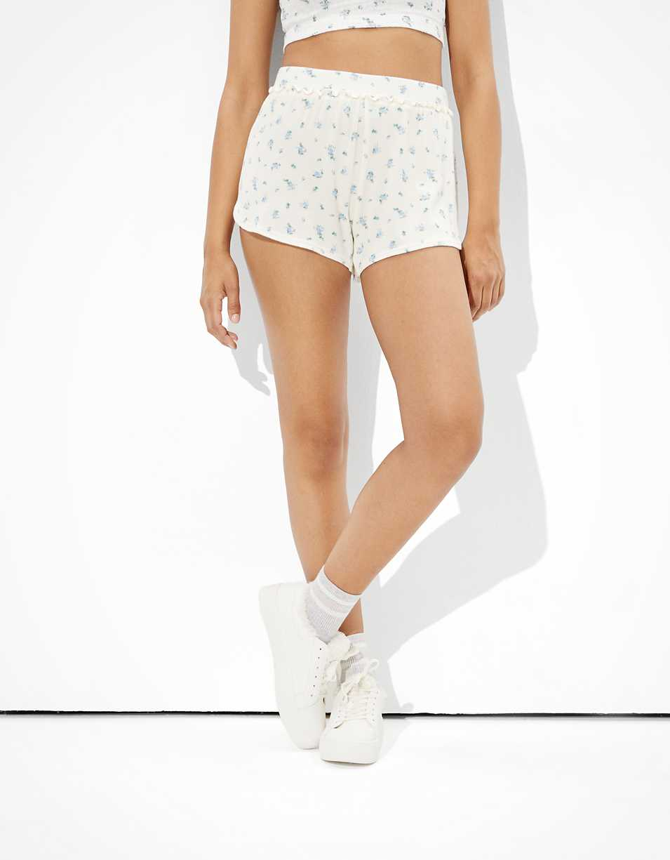 AE Plush Super High-Waisted Shortie