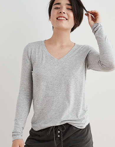 Aerie Long Sleeve V-Neck T-Shirt