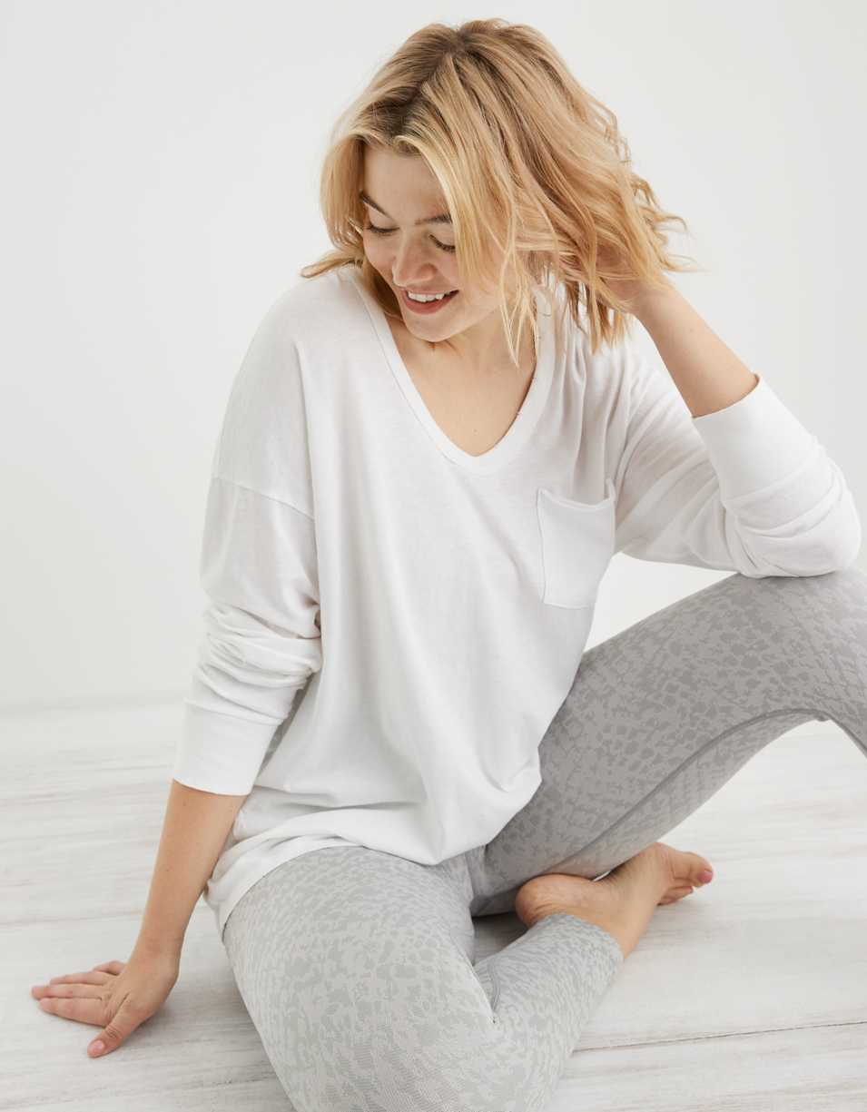 Aerie Oversized Long Sleeve Voop T-Shirt
