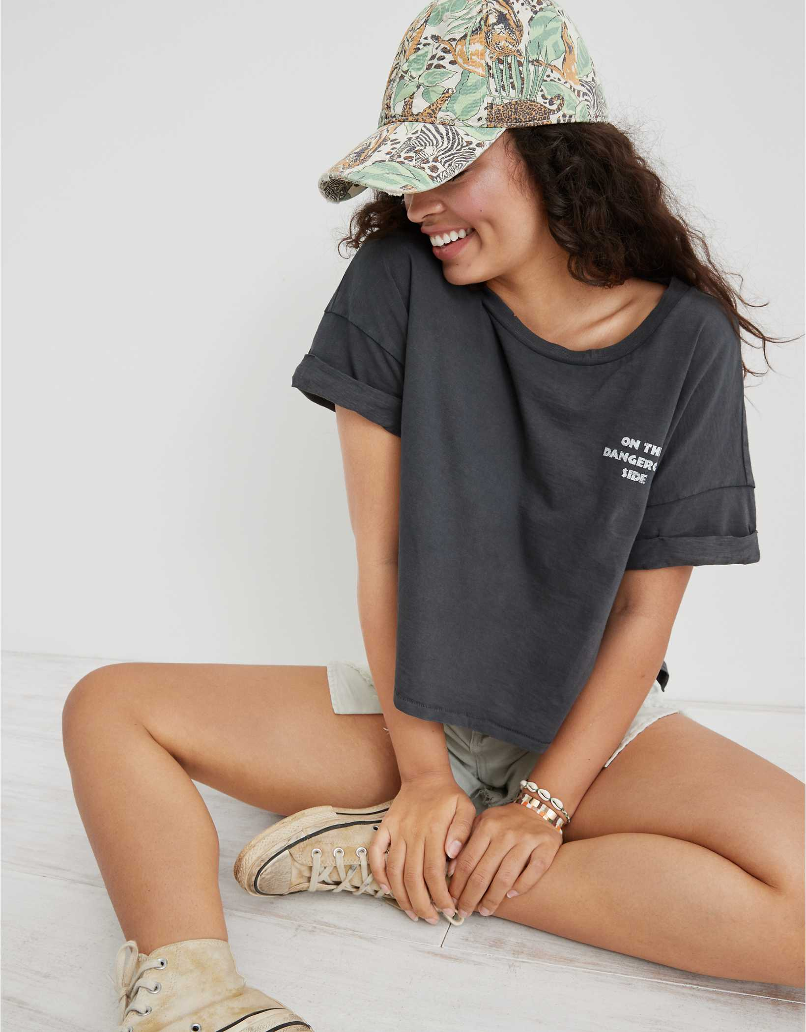 Aerie Dangerous Side Graphic Oversized Cropped T-Shirt