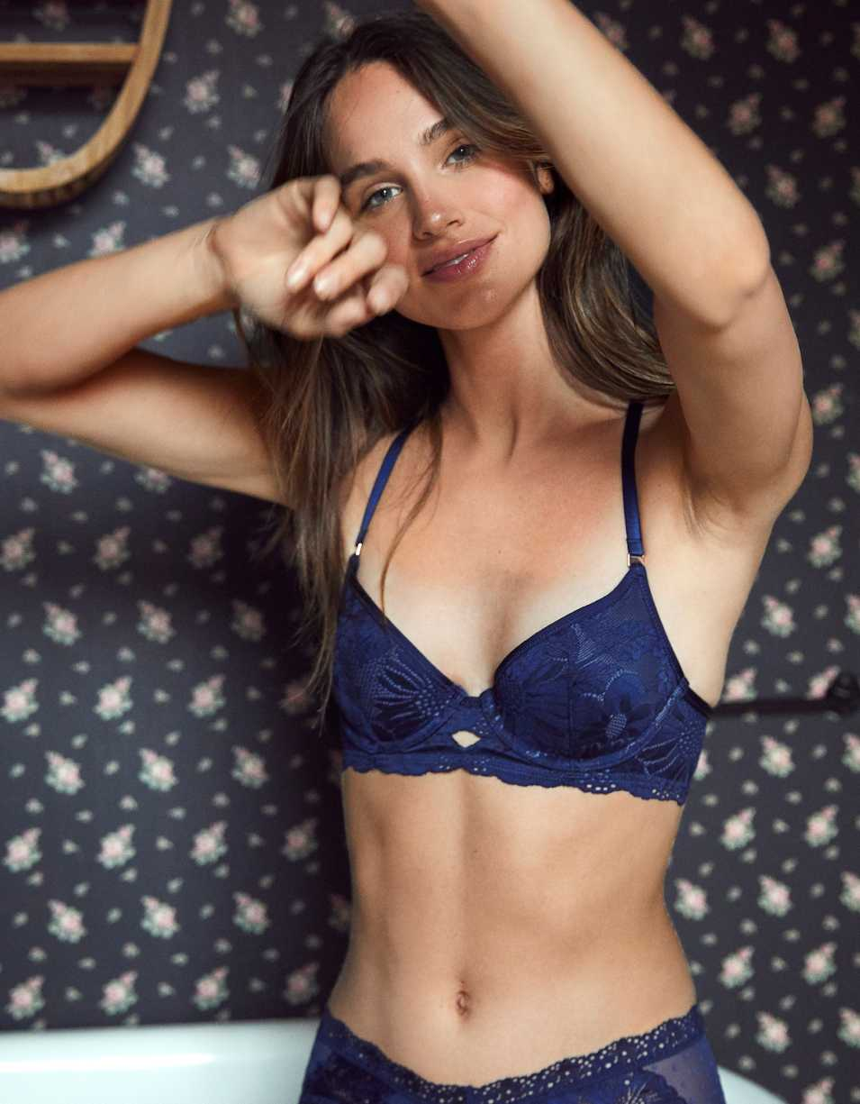 Aerie Real Power Plunge Push Up Bra