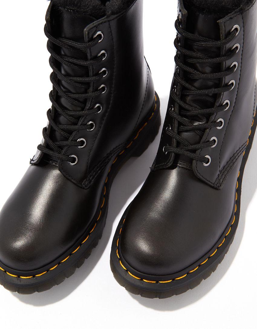 Dr. Martens 1460 Serena Boot