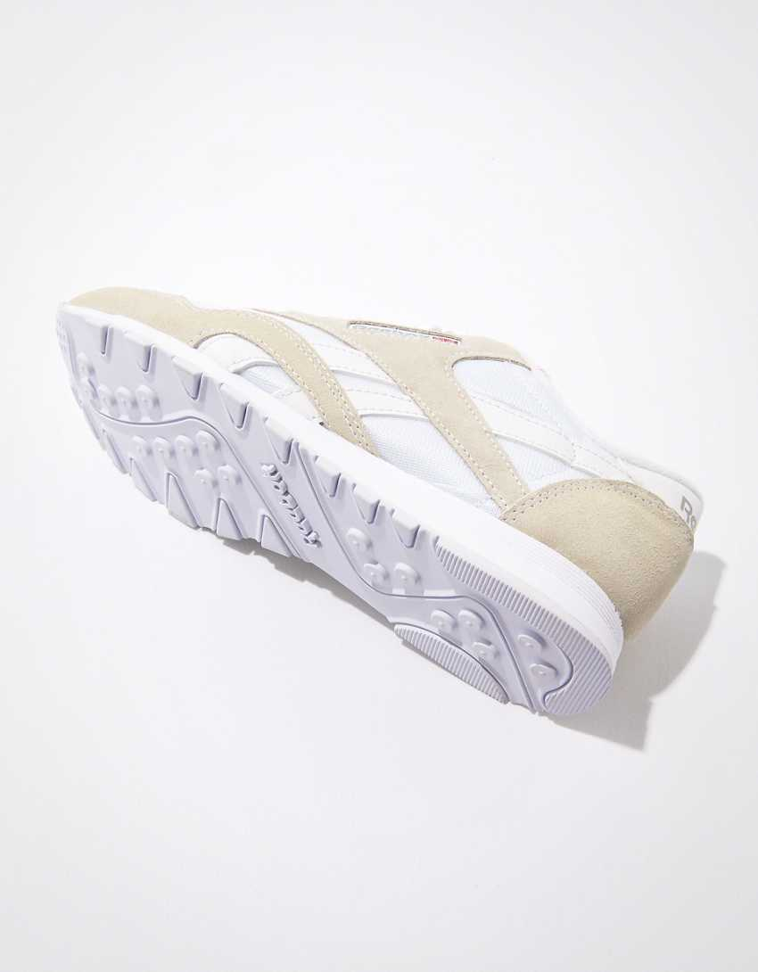 Reebok CL Nylon Sneaker