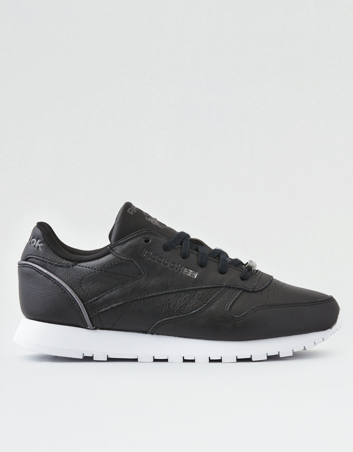 reebok classic leather hw sneaker, black