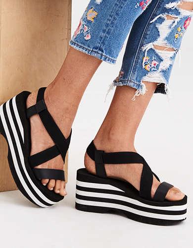 a8a0679e2a1 Black Sandal | American Eagle Outfitters