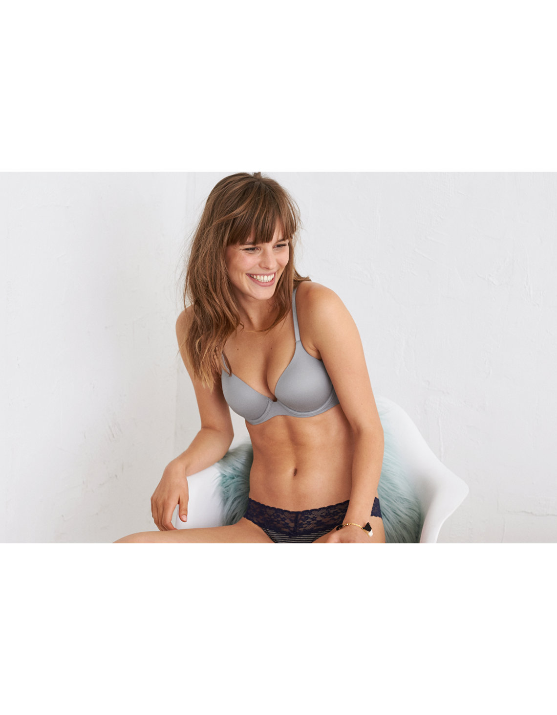 b509bb9e7f6 Aerie Real Sunnie Full Coverage Lightly Lined Bra. Placeholder image.  Product Image