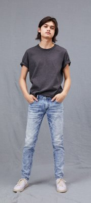 Vestido jeans com bota plus size